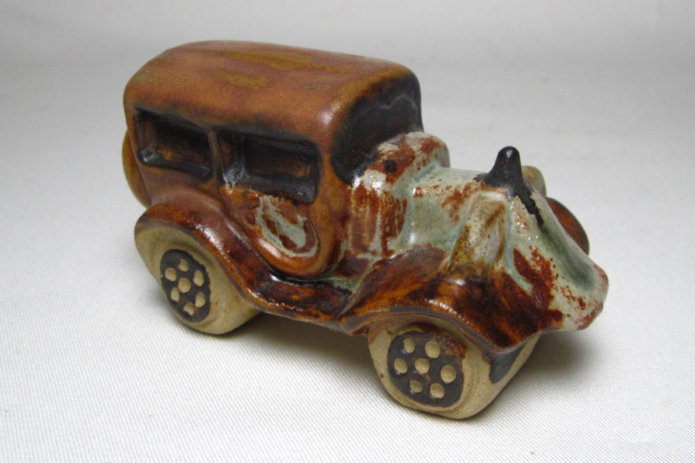 Tremar Pottery Buggy Car